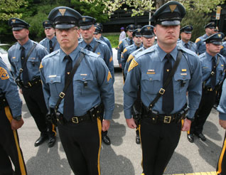 recruitment and selection ofcommunity policing officers Firstly we need to introduce our self to the topic as the selection process of various levels of police such as local, state or federal officer and also included will.